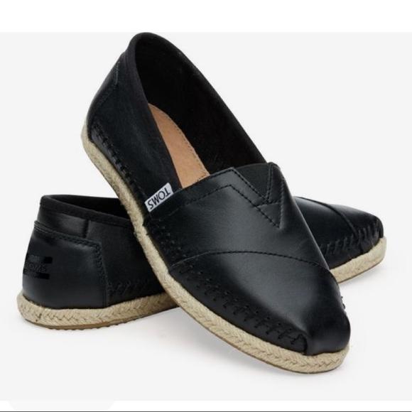 755ea7fdc79 TOMS leather. M 5ad82fc785e6051000c5d3ac